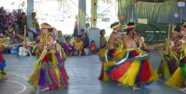 Yapese dance performance.